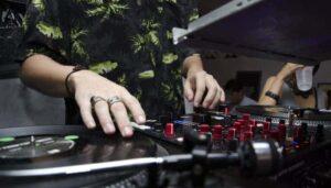 Top 10 mejores controladores para DJs