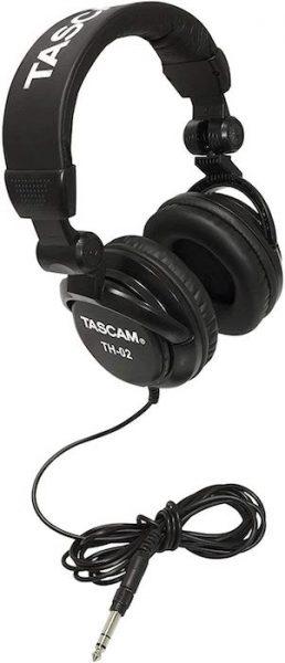 Auriculares baratos dj Tascam TH-02